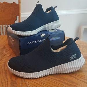236ebfa25bcc6 Skechers Shoes | Mens 105 | Poshmark